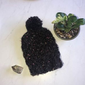 Chunky knit poof ball beanie